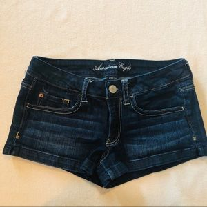 AE American Eagle stretch shortie shorts size 8